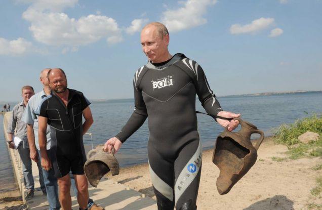 Putin z artefaktami