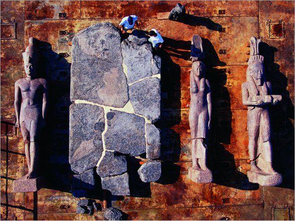 Olbrzymie posągi