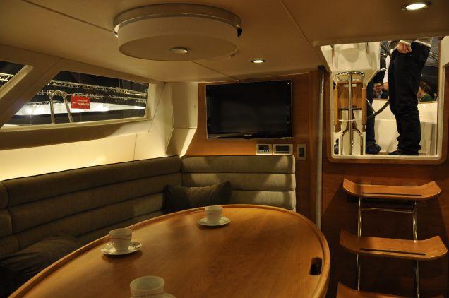 Wnętrze jachtu.