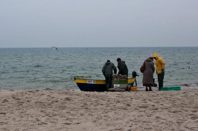 Rybacy wracający z połowu