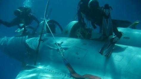 Grecki Mirage wyciągnięty z pod wody