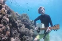 """Kolejny podwodny hit od zespołu The Tank Bangers – """"Our Blue"""""""