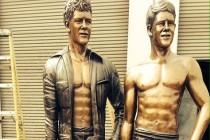 Popularyzatorzy mokrego skafandra uhonorowani pomnikiem