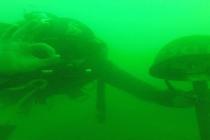 Wojskowi nurkowie ćwiczyli w jeziorze Tarnobrzeskim