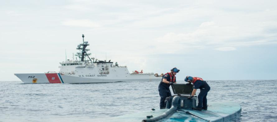 USA: Straż Przybrzeżna przechwyciła podwodny przemyt 8 ton kokainy! – video + foto