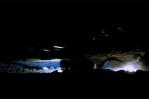 """Nurkowanie jaskiniowe: grupa nurków złapana przez podwodną """"lawinę"""" – video"""