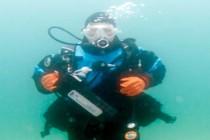 Nowy rekord Guinnessa w najdłuższym nurkowaniu w morskiej wodzie – video