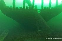 Wrak z ładunkiem zamkniętych butelek odkryty w Morzu Bałtyckim – video