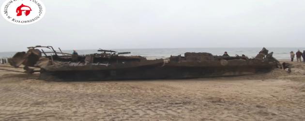 Zakończono wydobycie wraku niemieckiej jednostki – video
