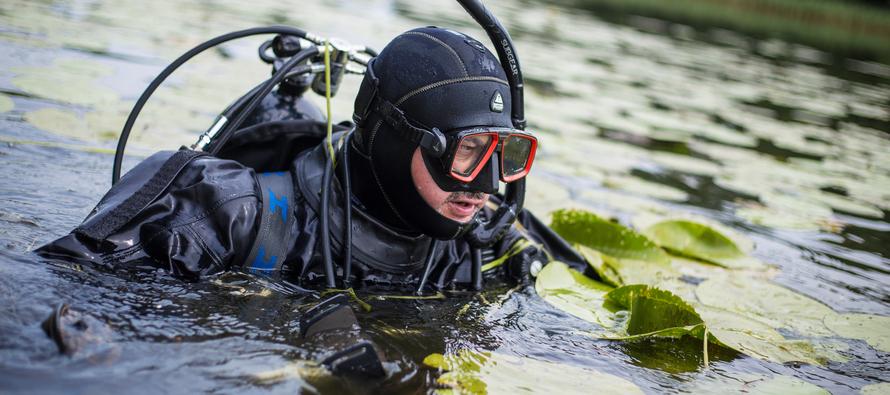 Jezioro Janowskie z ziemi, powietrza i spod wody – ocena degradacji średniowiecznego grodziska