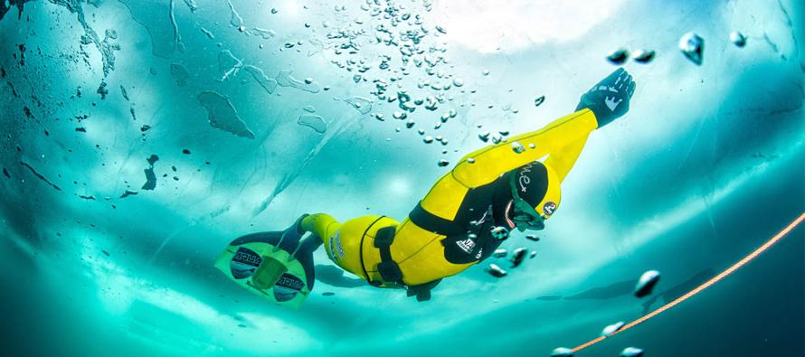 Nowy Rekord Świata we freedivingu pod lodem!