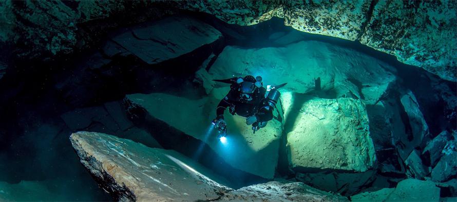 Jaskinia Molnar Janos zamknięta dla nurków