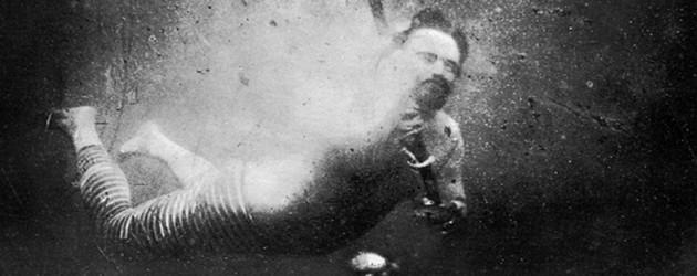 """Pierwsze podwodne """"selfie"""" wykonane w XIX wieku"""