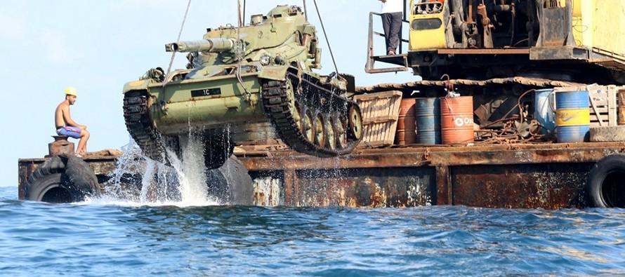 W Libanie utworzono sztuczną rafę z zatopionych czołgów