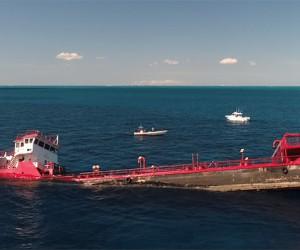 Nowy wrak zatopiony w Stuart Cove na Bahamach – video