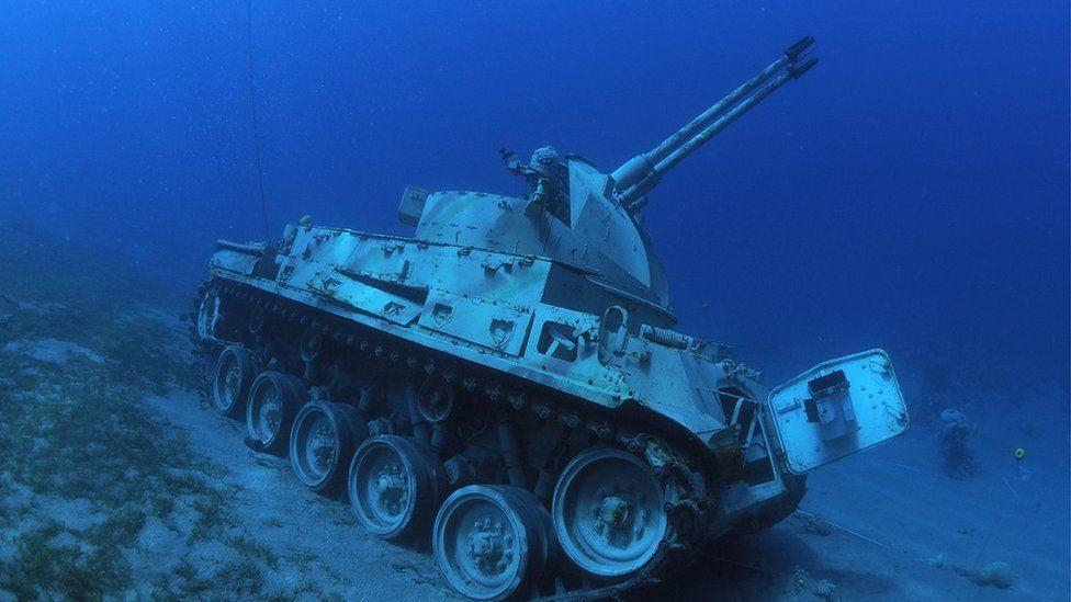 Zatopiony czołg będzie atrakcją nurkową