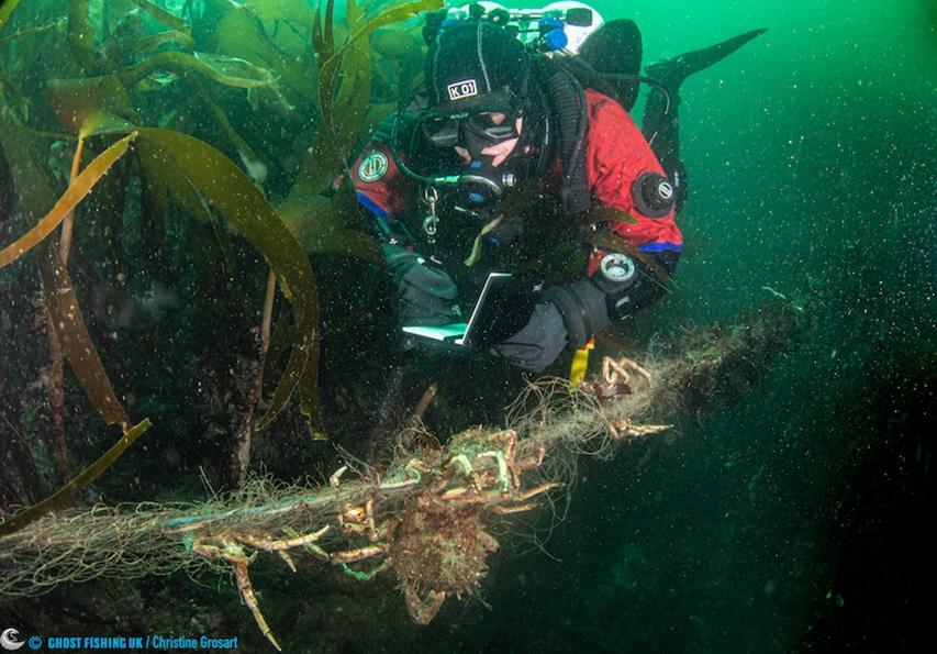rekonesans wydobycie sieci-widma Plymouth Ghost Fishing UK/Christine Grosart divers24.pl