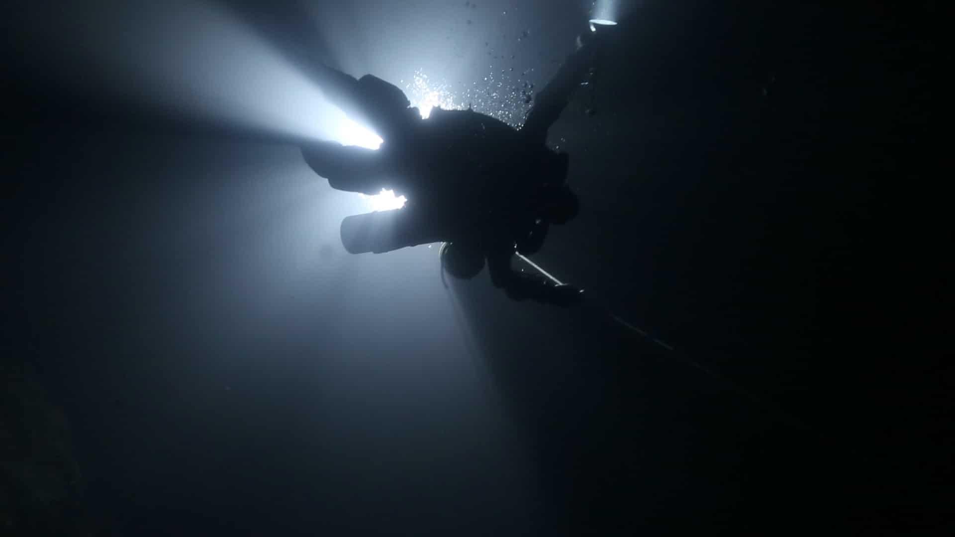 nurkowanie na dno jaskini Boesmansgat divers24.pl