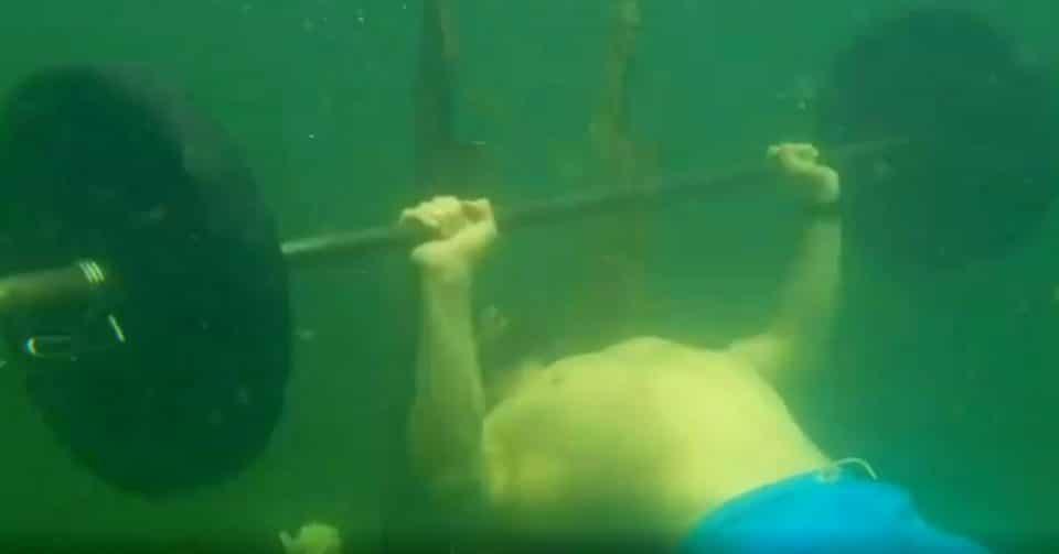 Rekord Guinnessa w wyciskaniu pod wodą divers24.pl