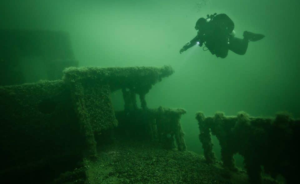 nurek techniczny na wraku ORP Delfin divers24.pl