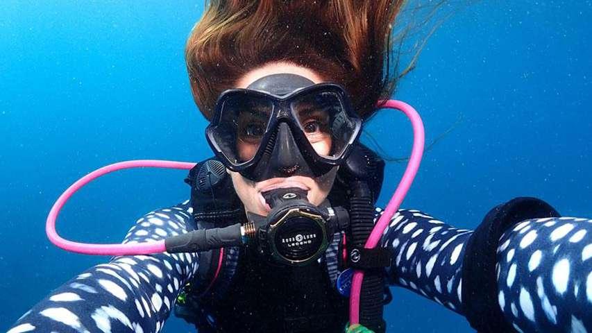 Dzień podwodnego Selfie PADI