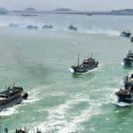 statki chińskiej floty rybackiej na Galapagos