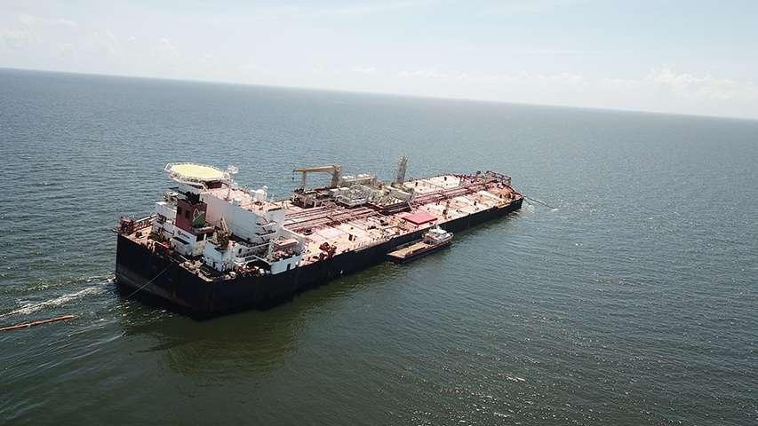 wyciek ropy z tankowca Nabarima