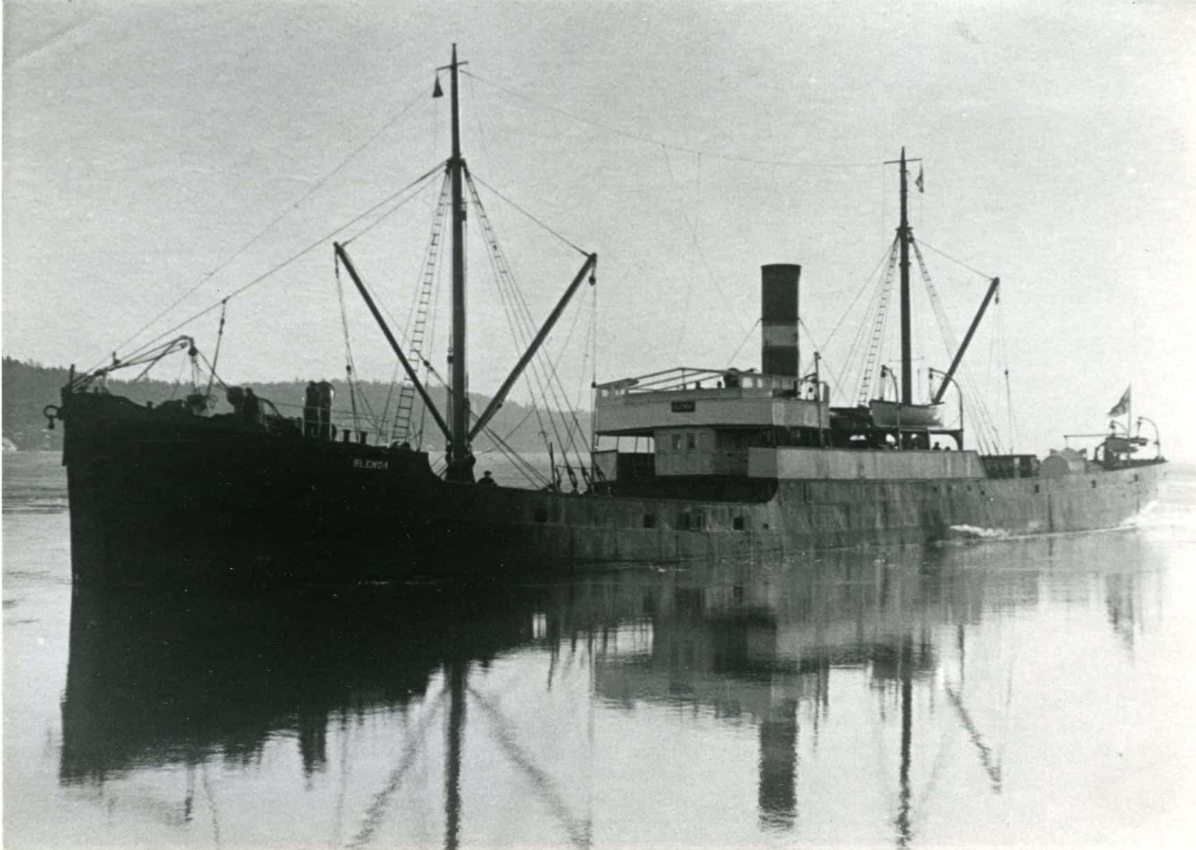Historyczne zdjęcie parowiec SS Blenda