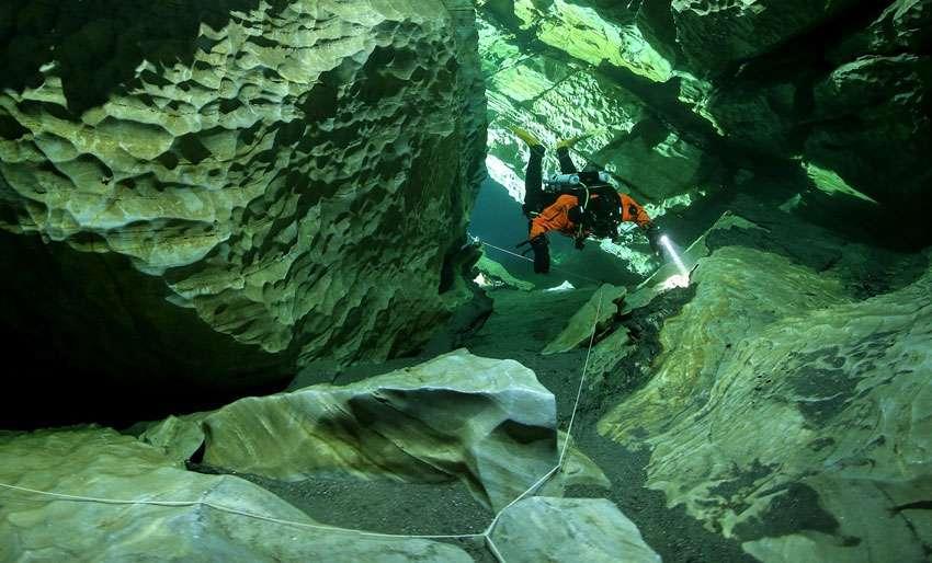 Nurkowanie w jaskini Plura Norwegia