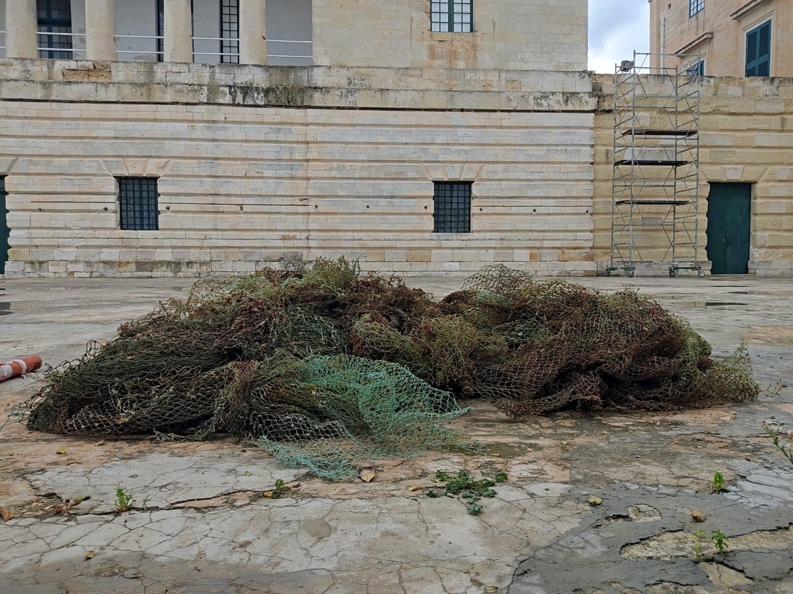 Sieci widma wydobyte z wraku JU 88 Malta
