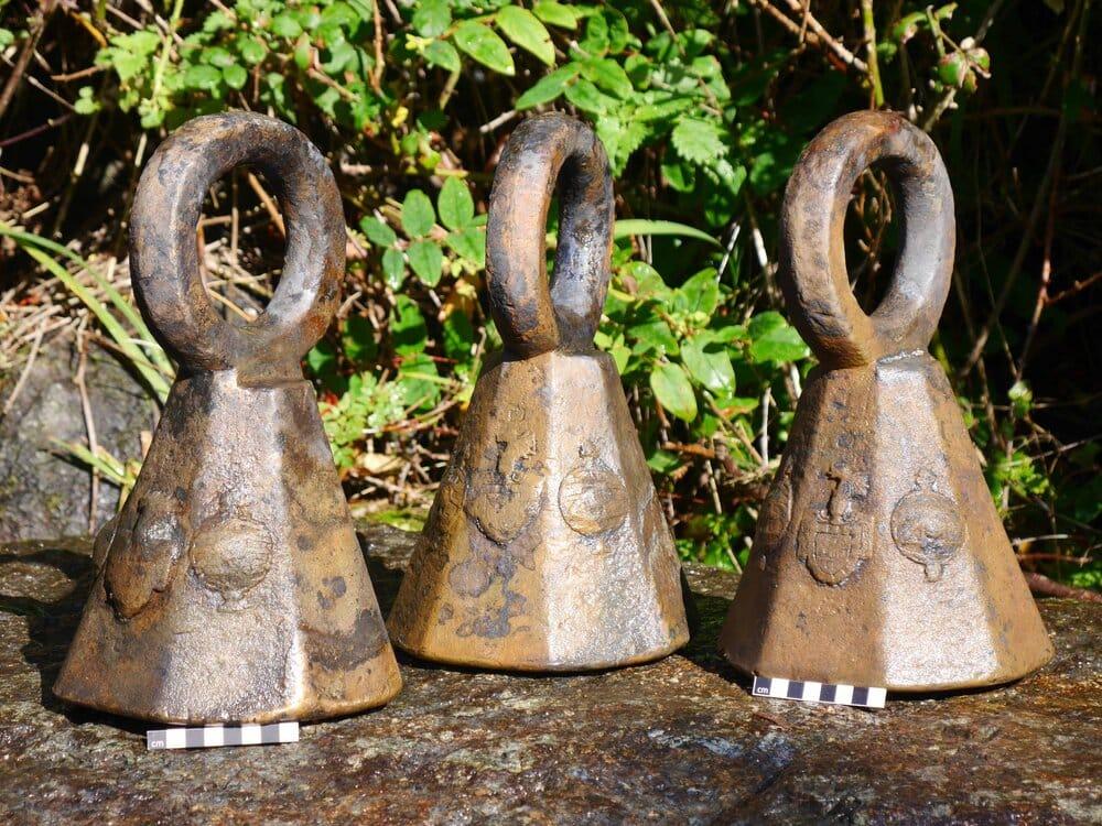 Wyłowione artefakty z wraku Schiedam Kornwalia