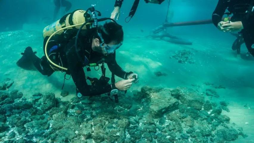 eksploracja zalanych ruin
