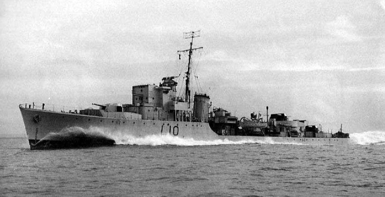 Historyczne zdjęcie okrętu HMS Southwold