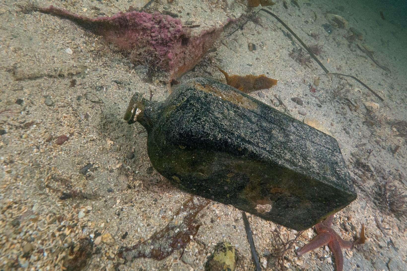 Butelka z wraku żaglowca Morze Północne