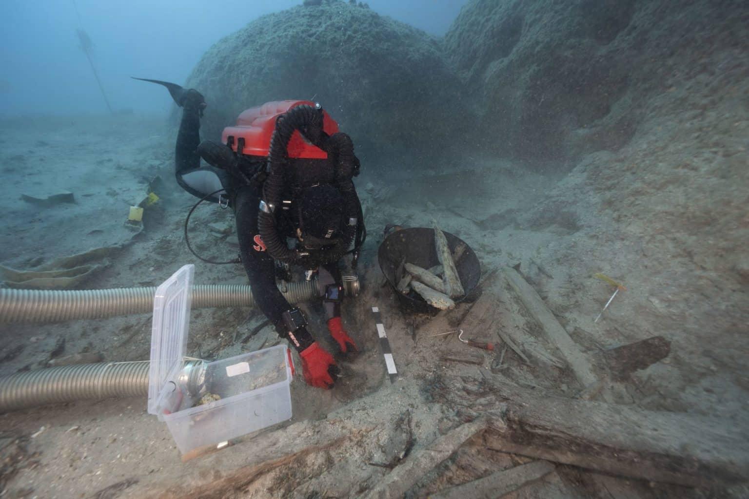 nurek archeolog na wraku