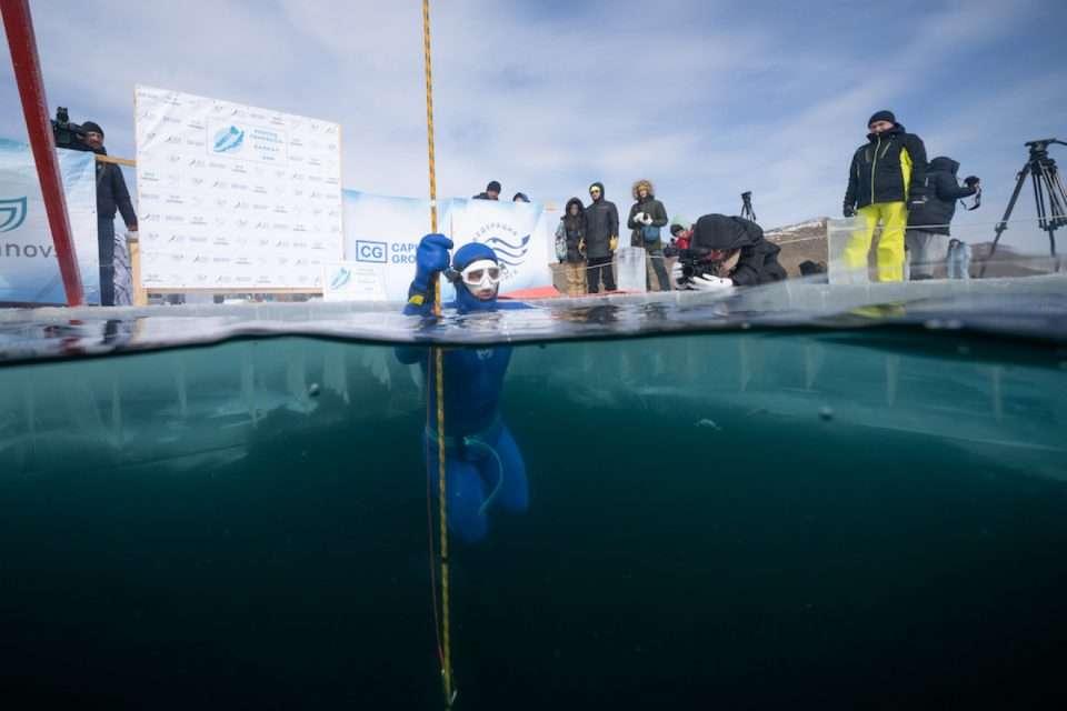Aleksiej Mołczanow nowy rekord pod lodem