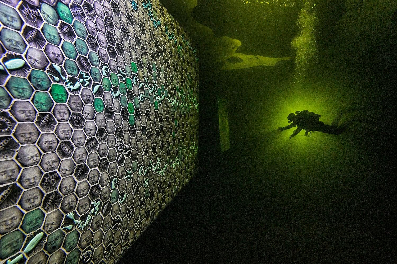 Podwodna galeria zdjęć Morze Białe