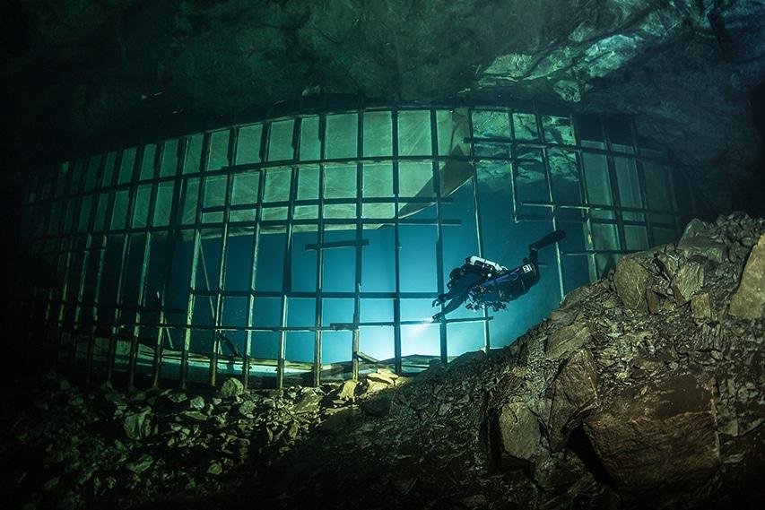 Śmierć nurka w kopalni Montola Finlandia