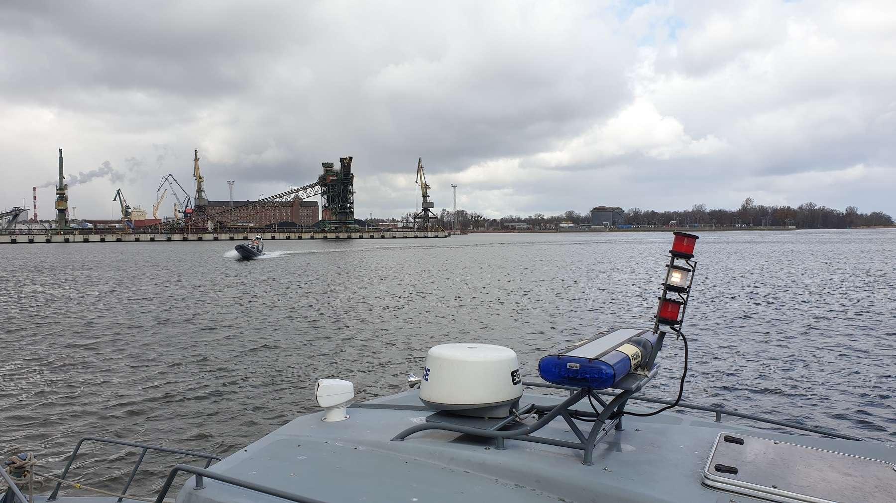 nurkowie-minerzy z 8. Flotylla Obrony Wybrzeża