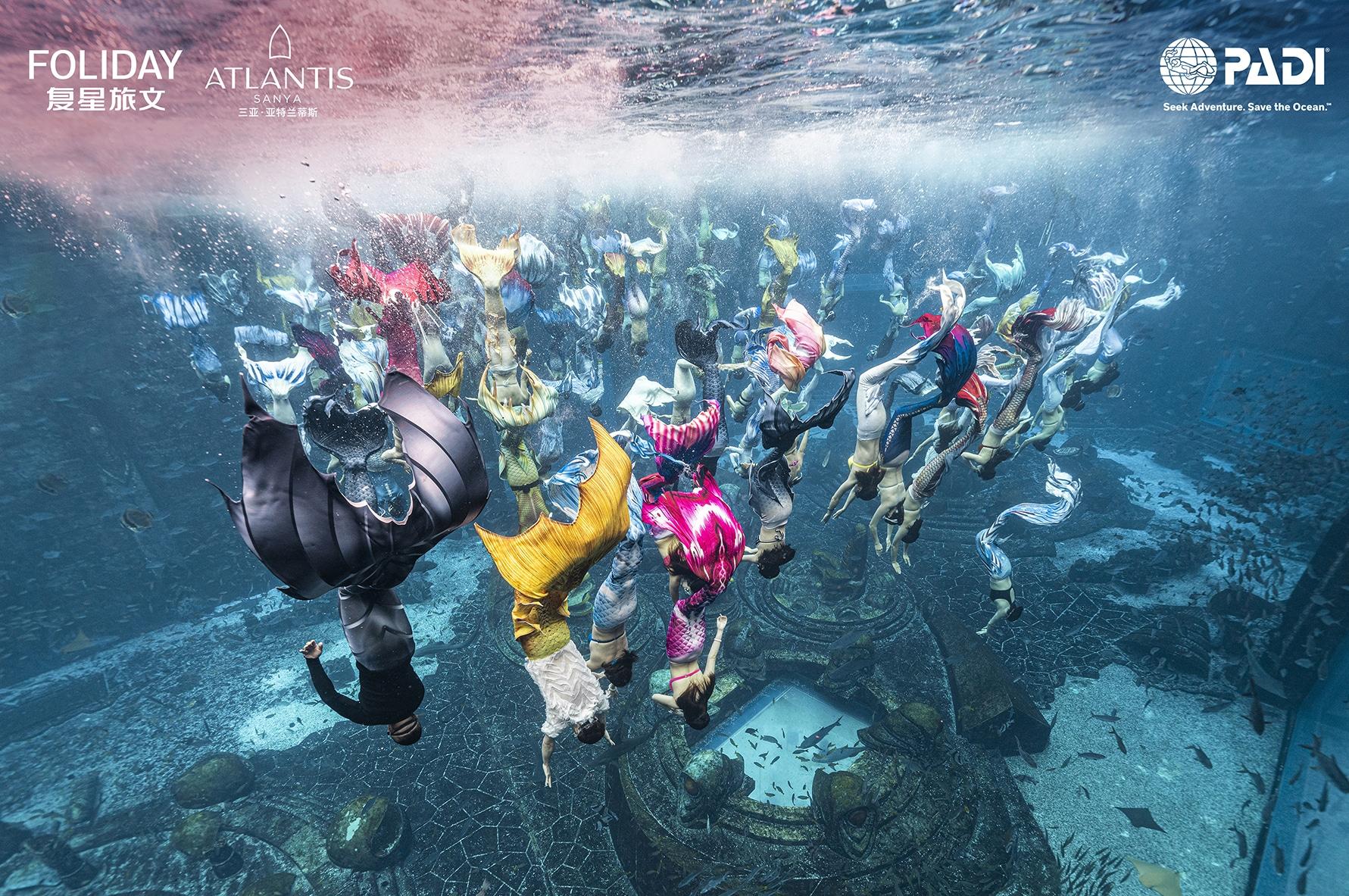 Największy podwodny pokaz syren