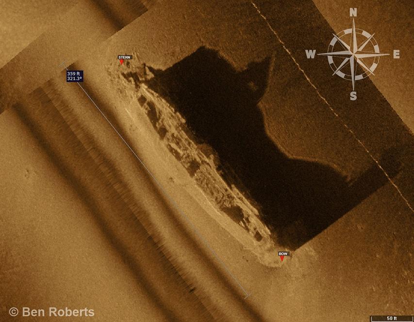 Zdjęcie sonarowe wraku frachtowca