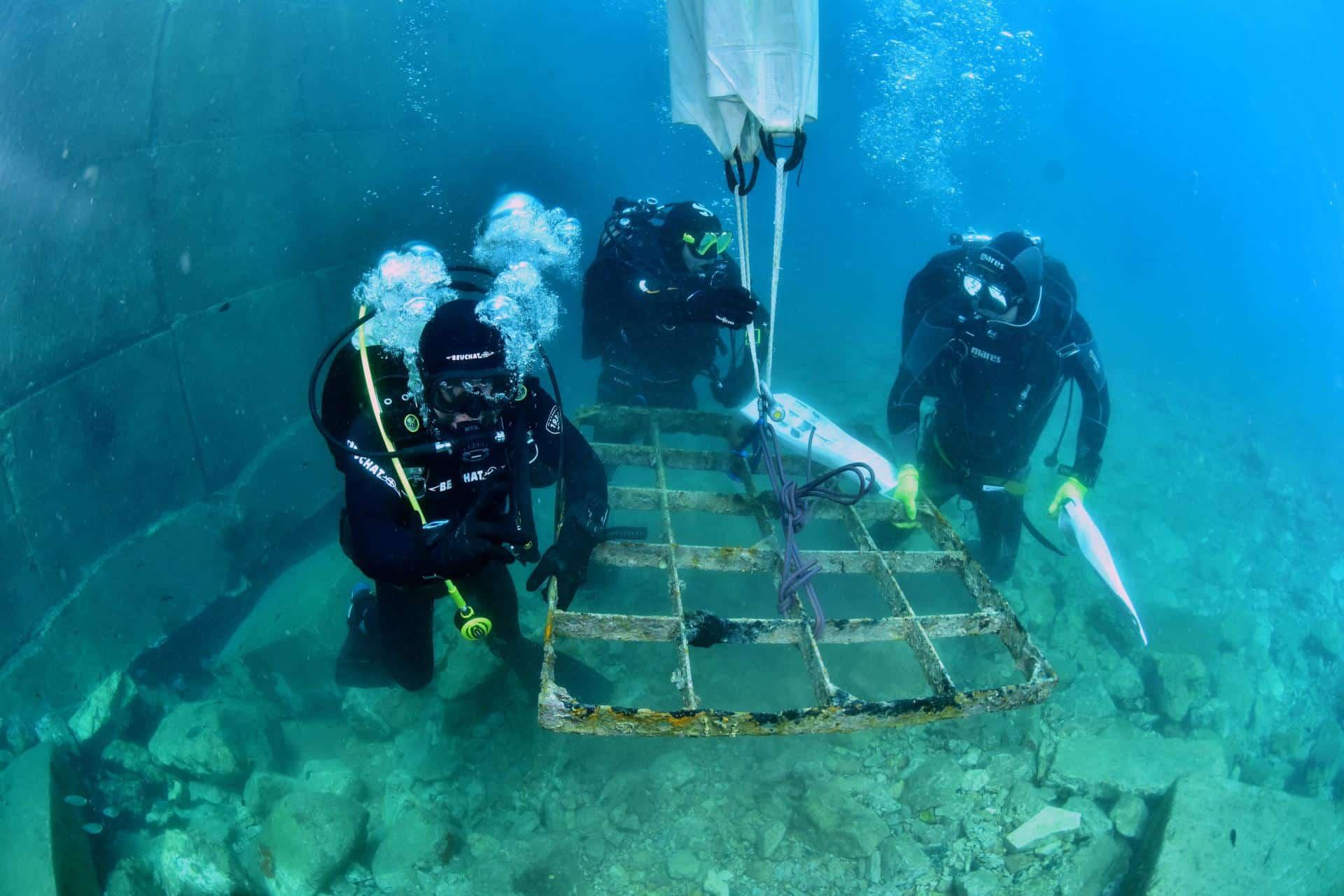 Podwodne sprzątanie wyspy Vis