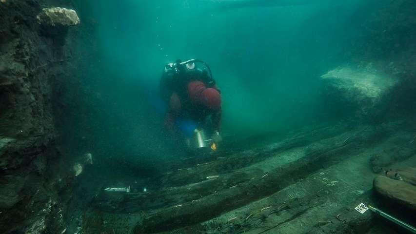 wrak starożytnego okrętu Egipt