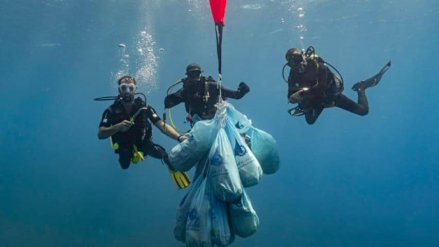 Zespół Deep Blue Dive Center