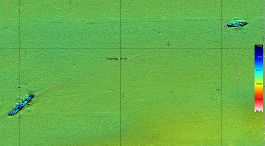 Zdjęcie sonarowe pokazujące odległość pomiędzy wrakami